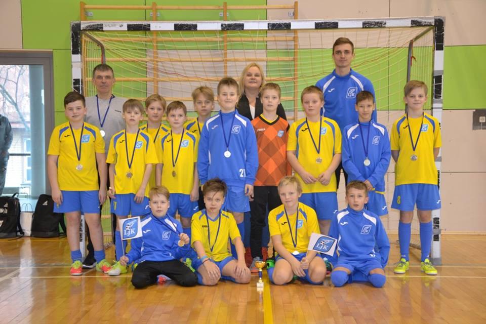 d5f90d718be 2006 – 1) Nõmme Kalju FC I, 2) Läänemaa JK (pildil), 3) Keila JK